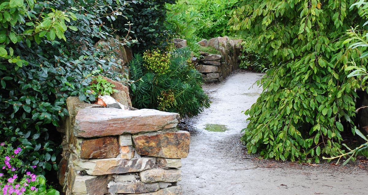 Heininger Gartenbau - Mauern und Wege